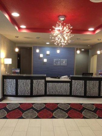 Holiday Inn Express Oklahoma City North: front desk