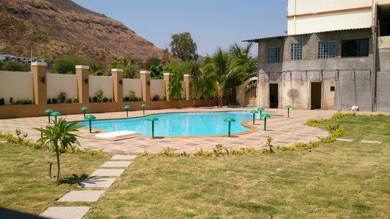 Hotel Sanai Residency