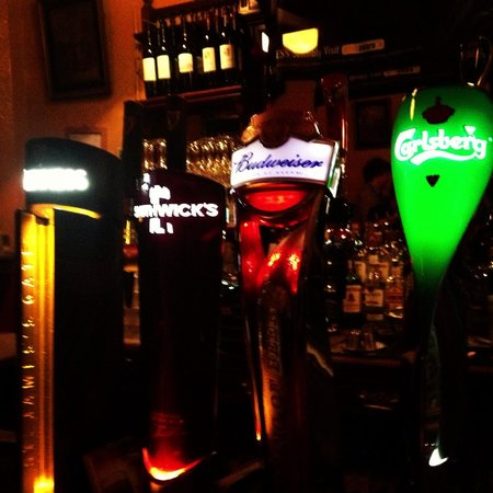 Kehoe's: Propping the bar!