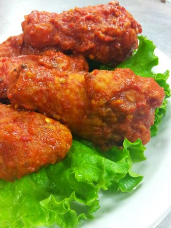 The BBQ Shack: If you like it HOT, try our breaded wings.