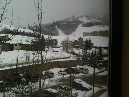 Grand Lodge Crested Butte: View from out room on the 4th floor
