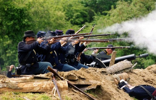 Port O'Plymouth Museum: Living History Weekend battle