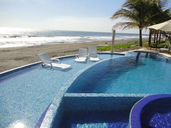 Hotel Hawaian Paradise: Vista a la playa