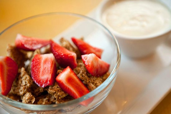 First Watch: Energy Bowl with housemade granola