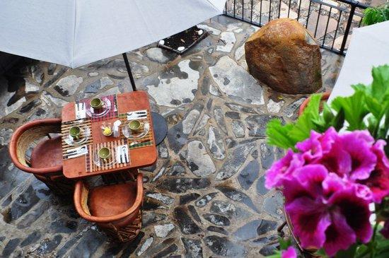 Villa Cassis: Desayunos típicos de la región
