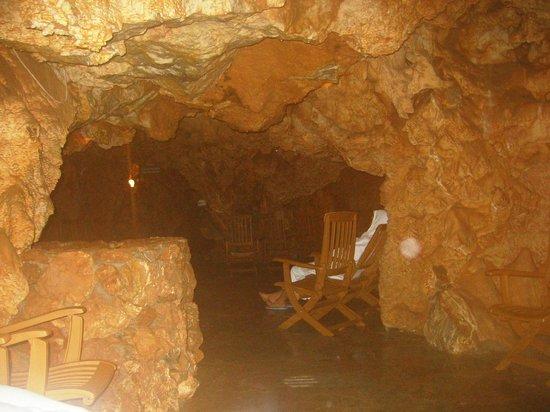 Grotta foto di grotta giusti monsummano terme tripadvisor - Grotta giusti piscina inverno ...