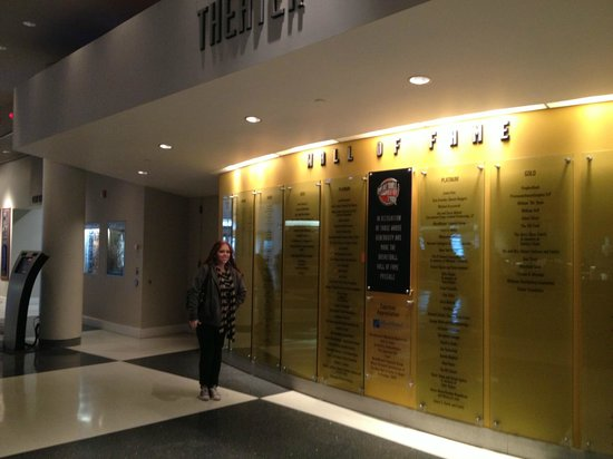 Basketball Hall of Fame: Lobby