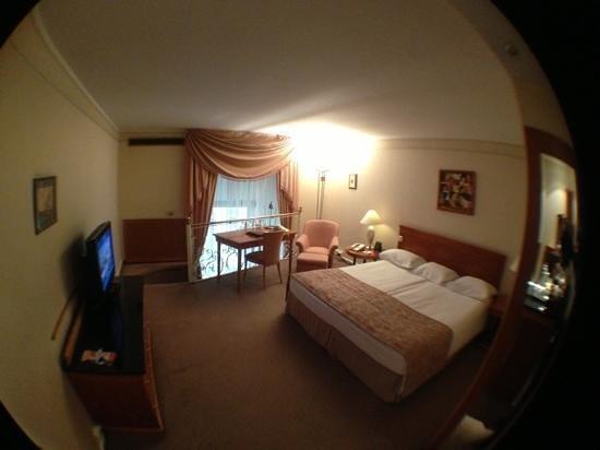 Hilton Budapest: quarto