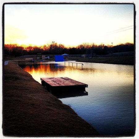 Hydrous Wakeboard Park: sunset