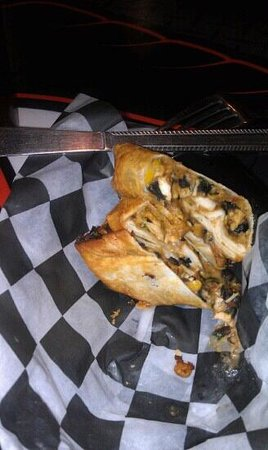 Keoki's Wings and Things: southwest eggrolls..spicy!