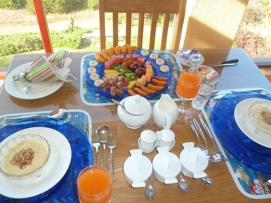 Dana Bay B&B Guest House: Great Breakfast
