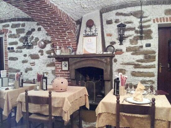 Hotel Ristorante Reale : taverna dell'hotel