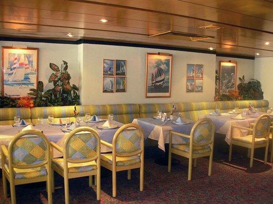 Hotel Metropol: Restaurante