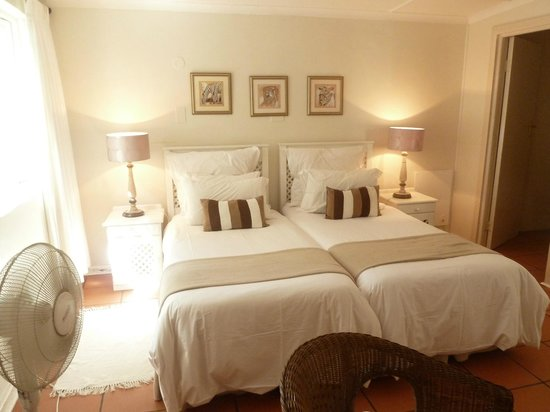 Cuningham's Island Guest House: Bedroom