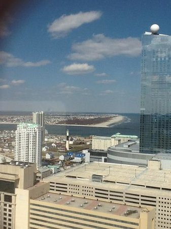 Trump Taj Mahal: View from standard room Chairman Tower