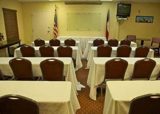 Jacobson Hotel: Meeting Room set up in Classroom Style