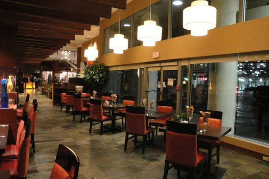 Radisson Hotel Vancouver Airport: Restaurante