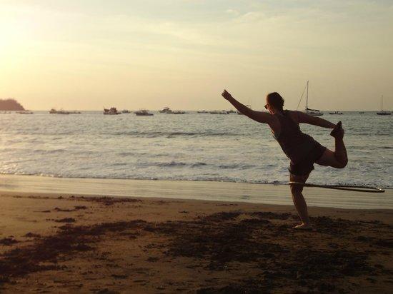 Impulso Sano Yoga & Wellness Center: dance