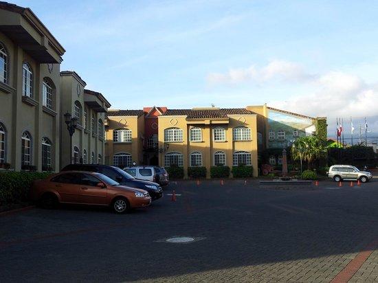 Casa Conde Hotel & Suites: COMODIDAD