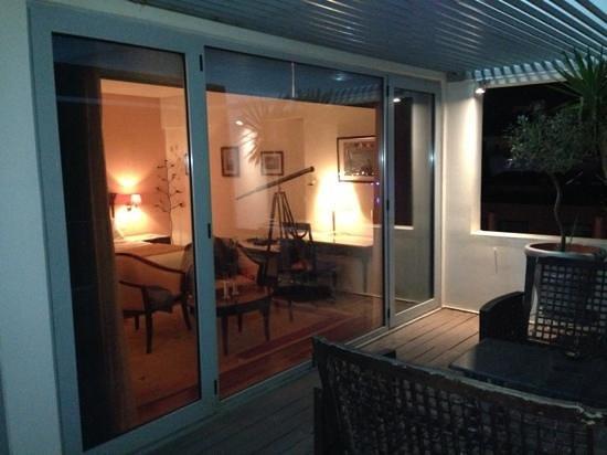 Tropical Hotel: Junior suite patio