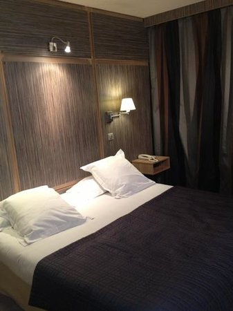 Inter-Hotel Neptune : lit
