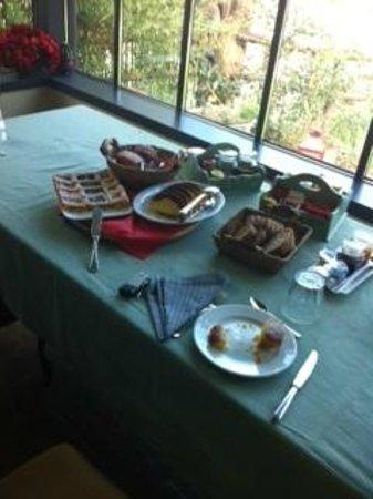Alloggio al San Girolamo: colazione:torte fatte in casa