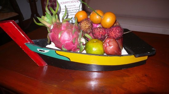 Victoria Phan Thiet Beach Resort & Spa: Fruits, always fresh in your room
