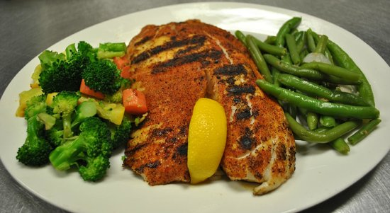 The Mirage Sports Bar and Grill : Blackened Talapia