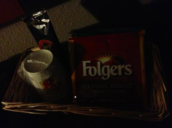 Super 8 Coeur d'Alene: Folgers coffee