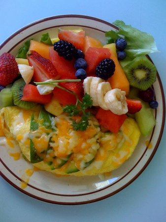 Allison's Country Cafe: Fresh Fruit comes with Omelet