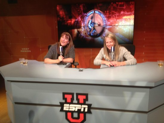 The College Basketball Experience: Fun for everyone