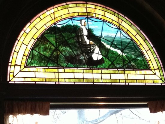 Union League Cafe: stained glass