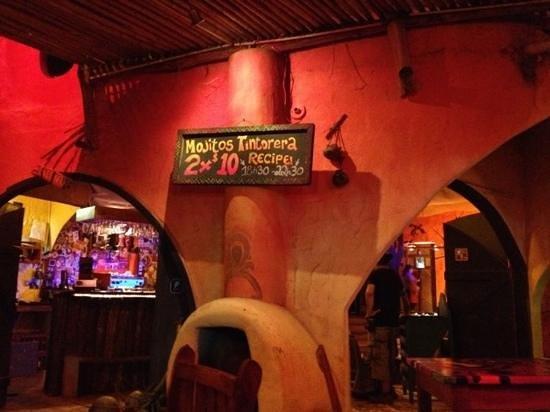 La Tintorera Restaurante & Pub: la tintorera!