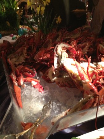 Rein Restaurant at Garden City Hotel: Seafood!