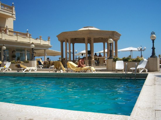 Hellenia Yachting Hotel: pool area