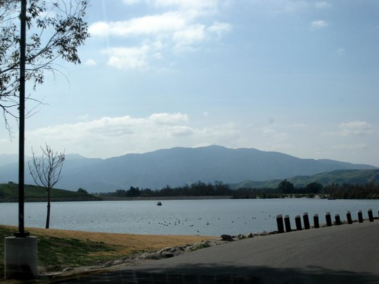 Prado Regional Park: The pretty lake - Prado RV Park