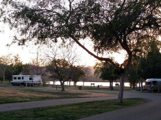 Prado Regional Park: Some lakeview RV sites - Prado RV Park