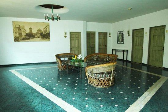 Hotel Nueva Galicia : Living room