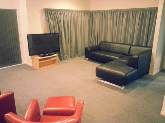 Drovers Motor Inn: Large Living Areas