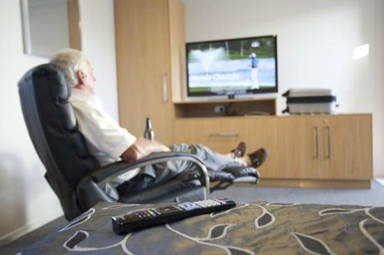Drovers Motor Inn: Relax and enjoy the Sky Channels we offer