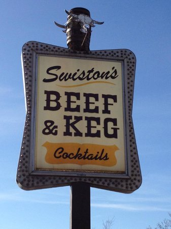 Swiston's Beef & Keg: Sign out front