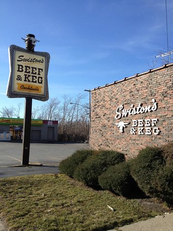 Swiston's Beef & Keg: You shouldn't have a problem finding this place