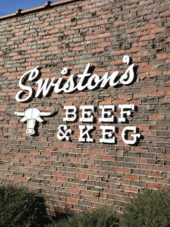 Swiston's Beef & Keg: Sign on the side of the building