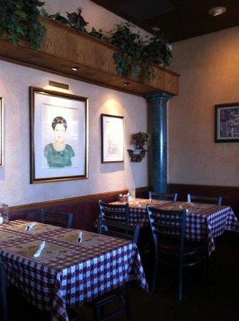 Mama Louise Italian Restaurant: Back View