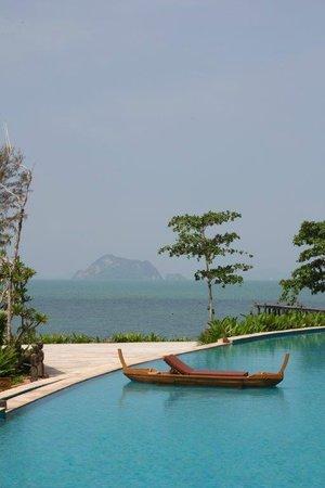 Santhiya Koh Yao Yai Resort & Spa: Main Pool