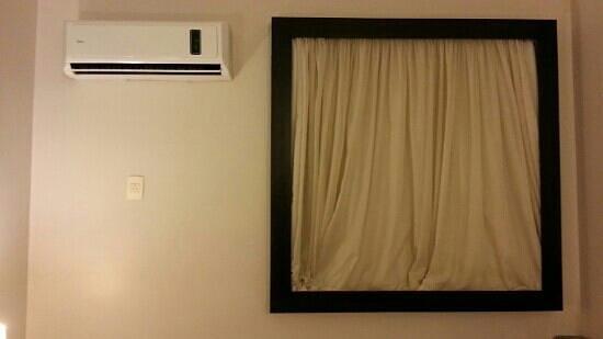 Oasis Plaza Hotel: ar condicionado de split muito silecioso.