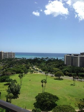 Luana Waikiki Hotel & Suites: view from our lanai