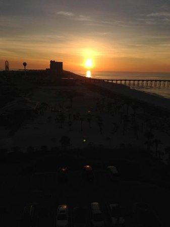 Margaritaville Beach Hotel: daybreak