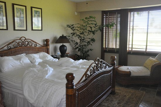 Four Seasons Resort Hualalai: Master bedroom