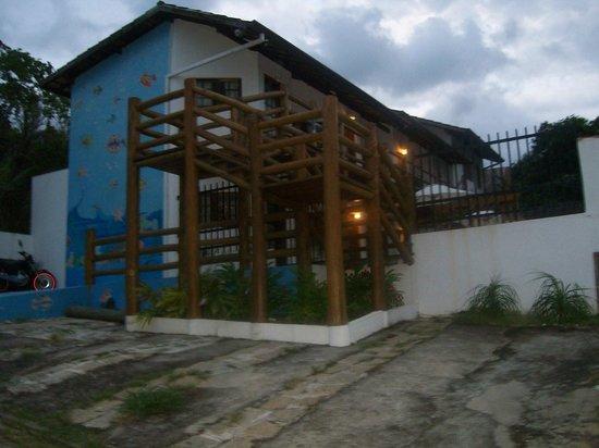 Pousada Refugio da Harmonia: La entrada  los departamentos